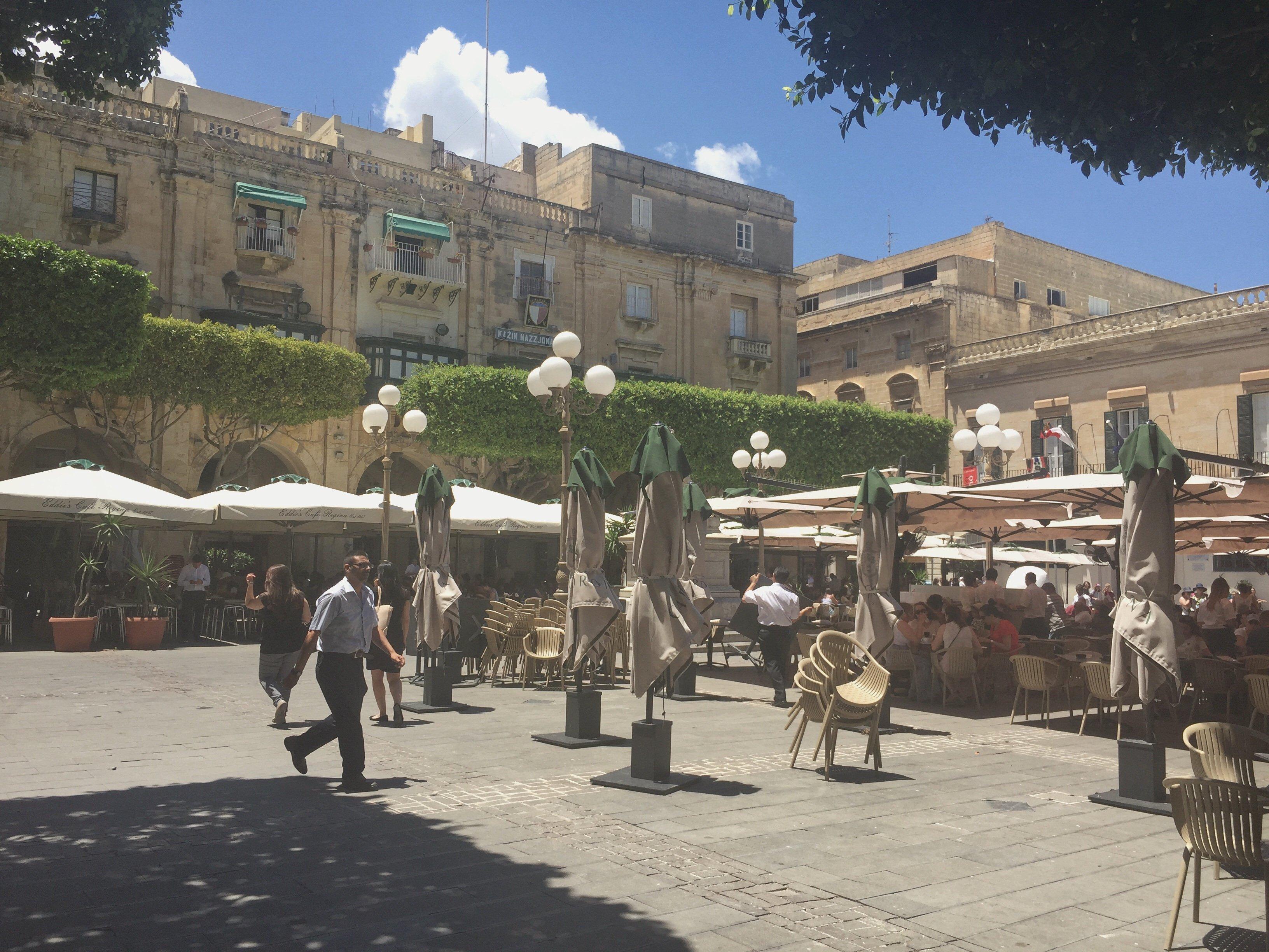 Al Fresco dining in Valletta, Malta