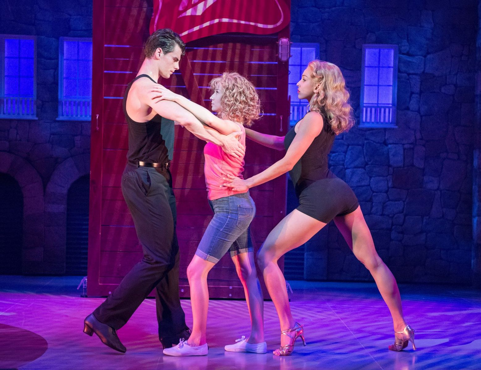 Theatre Review: In the most obvious cliche ever Ma Lee and I had the time of our lives watching Dirty Dancing at the Alexandra Theatre...